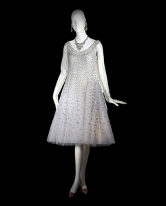 a-line.--Yves-Saint-Laurent-1958